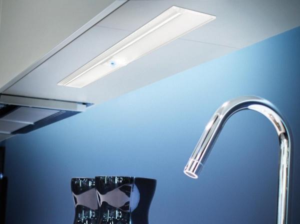 LED-Unterbauleuchte Wega mit Touch-Schalter Aluminium